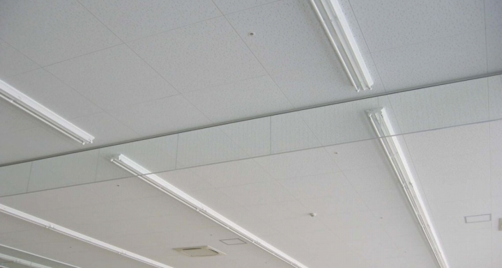 ガラス防煙垂壁のイメージ